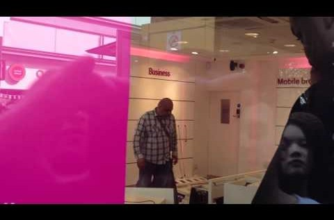 Watch This T-Mobile Customer Do What All T-Mobile Customers Have Dreamed Of [Video]