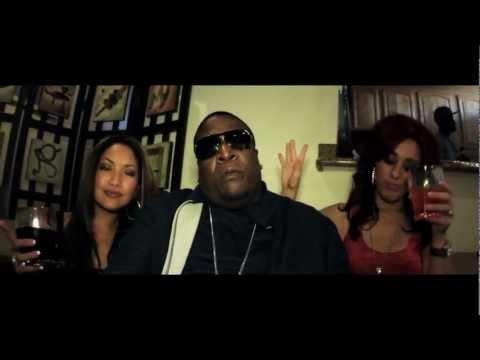 DJ Toure' (@djtourehiero) – She Like It Feat. B-Legit, D-Lo & London [Music Video]