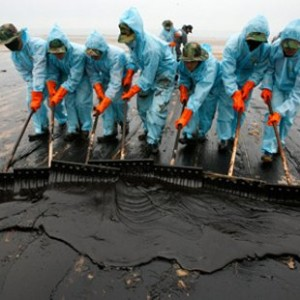 All Of The Cleanup Crew Members From The 1989 Exxon Valdez Disaster Are Now Either Sick Or Dead