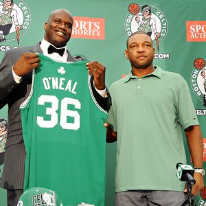 Shaquille O'Neal Signs To The Boston Celtics