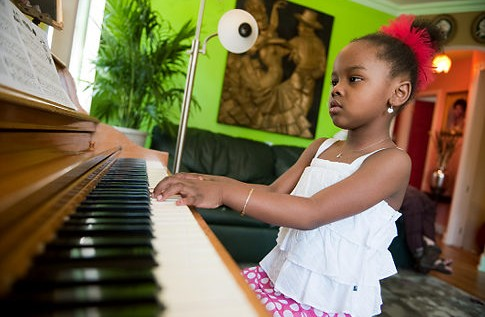 5-year-old, Queens, N.Y. Prodigy Can Speak Seven Languages, Play Six Instruments