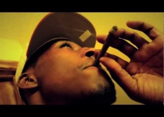 Deuce ( @DBlockDeuce_215) – GrindAHolic [Music Video]