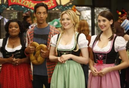 Community: Season 4, Episode 4 – Alternative History of the German Invasion [Full Video]