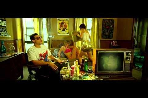 MUMBLS – Parachute [Video]
