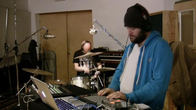 @TheKeyXPN Studio Session Featuring @ChillMoody [Video]
