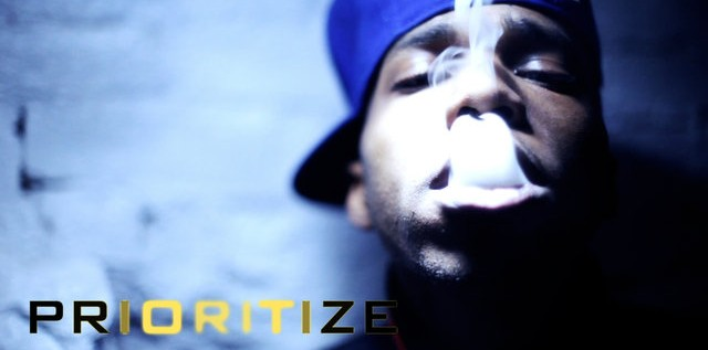Curren$y feat. Nesby Phips – Prioritize (Beeper Bill)