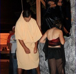 Brazilian Actor Commits Ritual Suicide During 'Passion of The Christ' Play