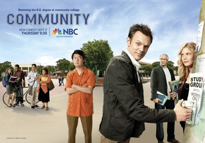 Community: S 3, Ep 10 (Series Finale) – Regional Holiday Music (Full Video)