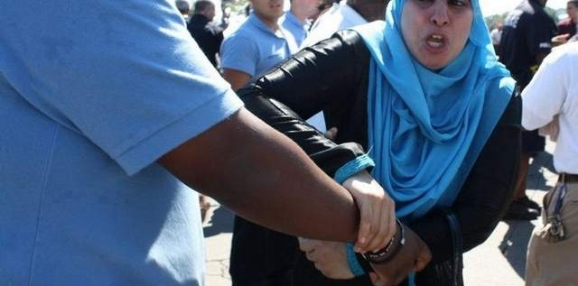 15 Arrested In Playland Melee Over Muslim Head Scarves