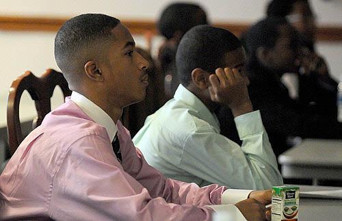Gateway Society Seeks To Reverse Decline In Black Men Entering Medical School